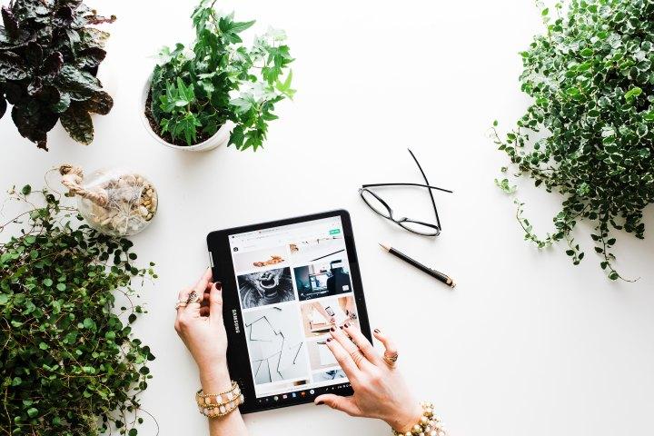 Top Tips To Smart Online Shopping This FestiveSeason